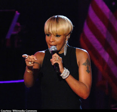 Mary J. Blige's latest album debuts at #3 on Billboard Charts. Her strongest chart-debut in 7 years.