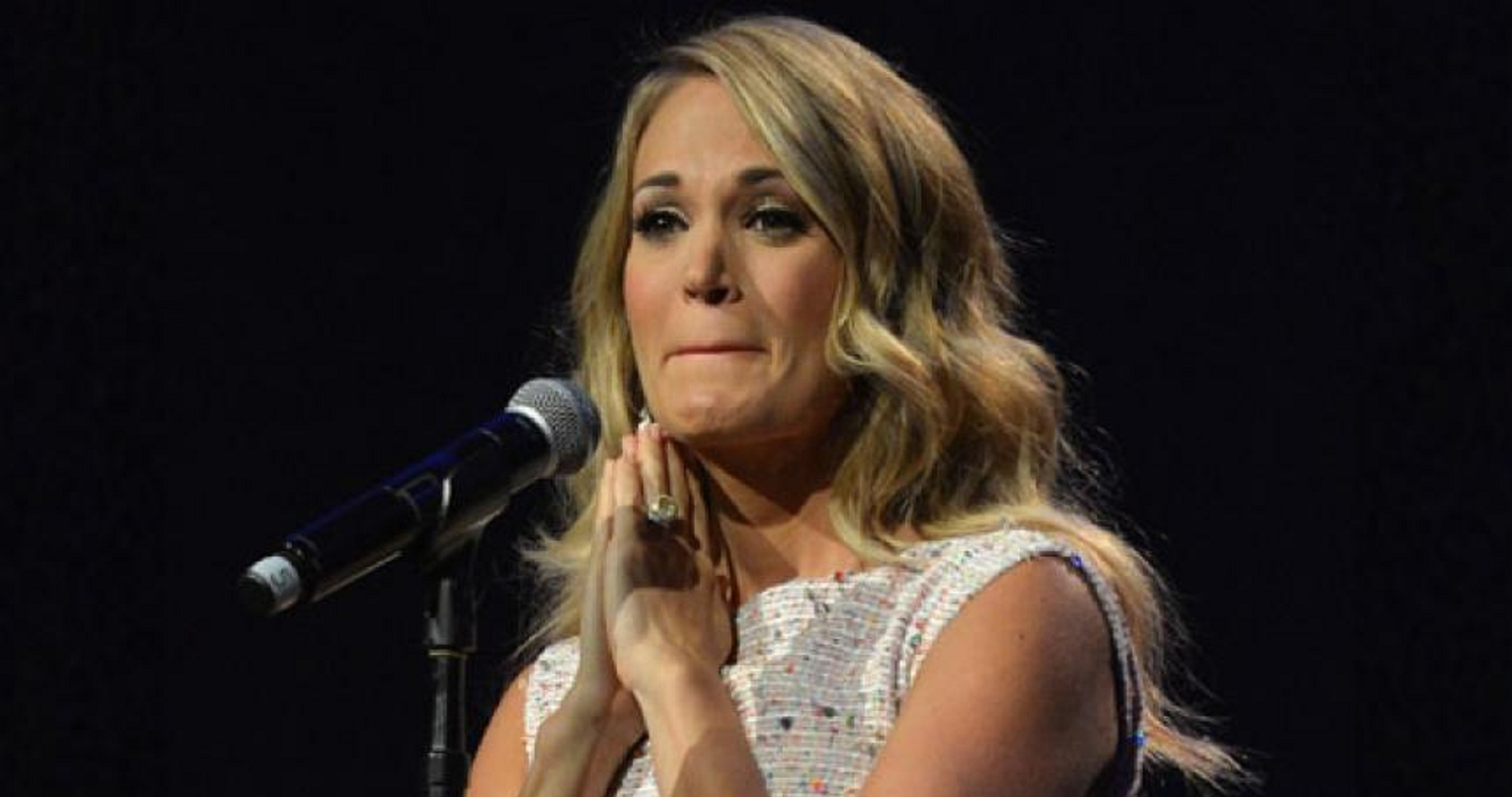 Carrie Underwood Reveals She Suffered 3 Miscarriages in the Last Two Years!