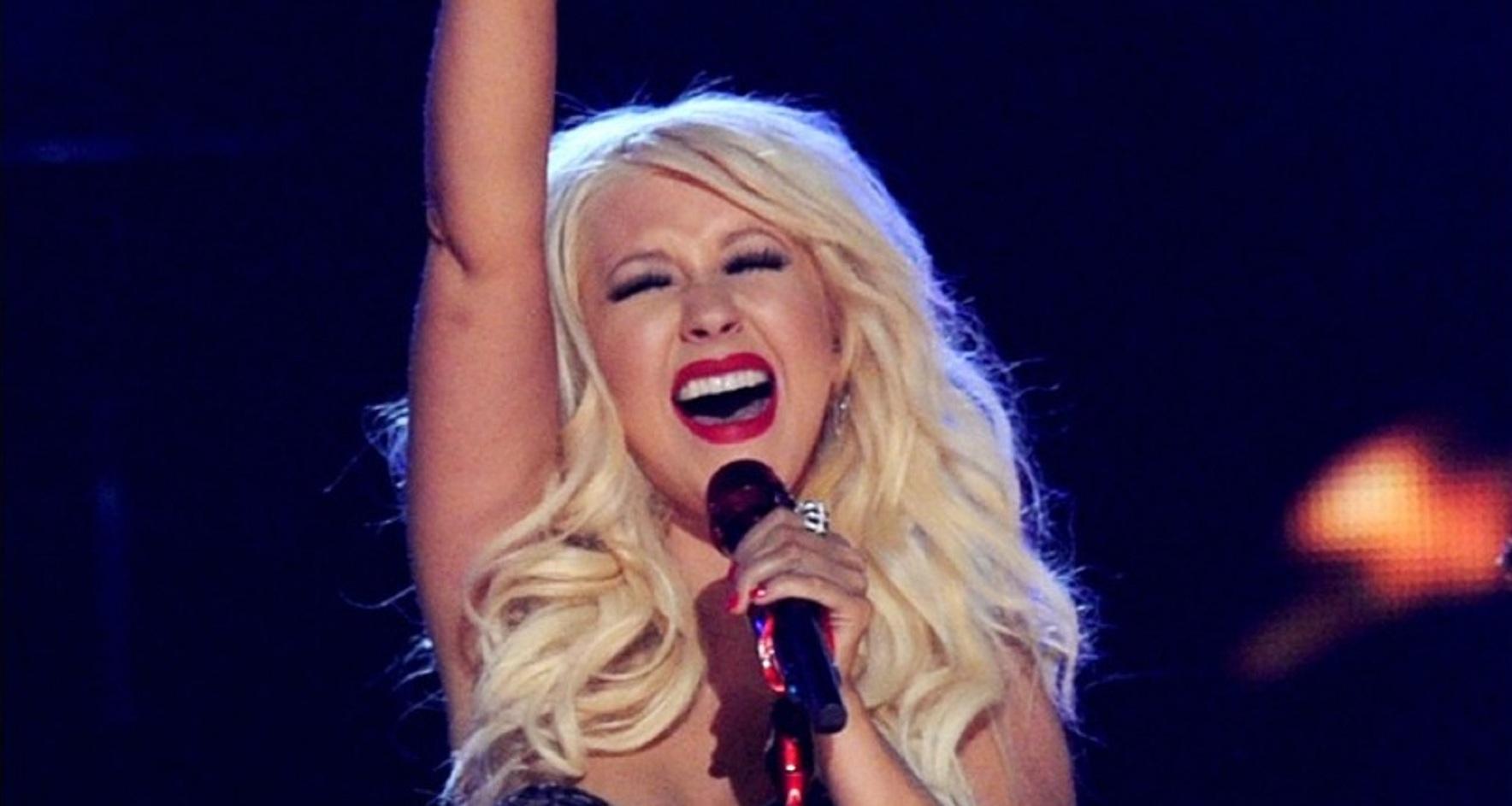 Watch: Christina Aguilera Kicks-Off 'Liberation Tour' with SLAYING Vocals!
