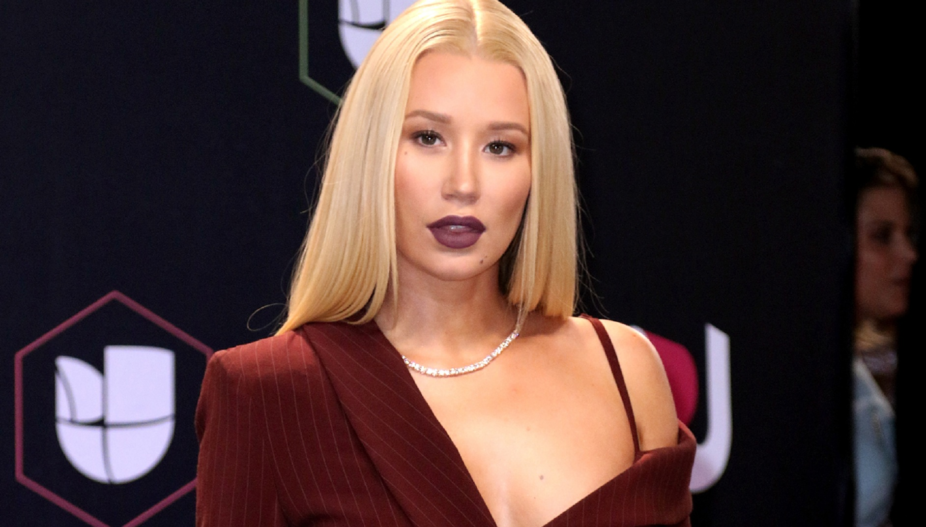 After A Couple Of Career-Lows, Iggy Azalea Bags New $2.7 Million Music Deal