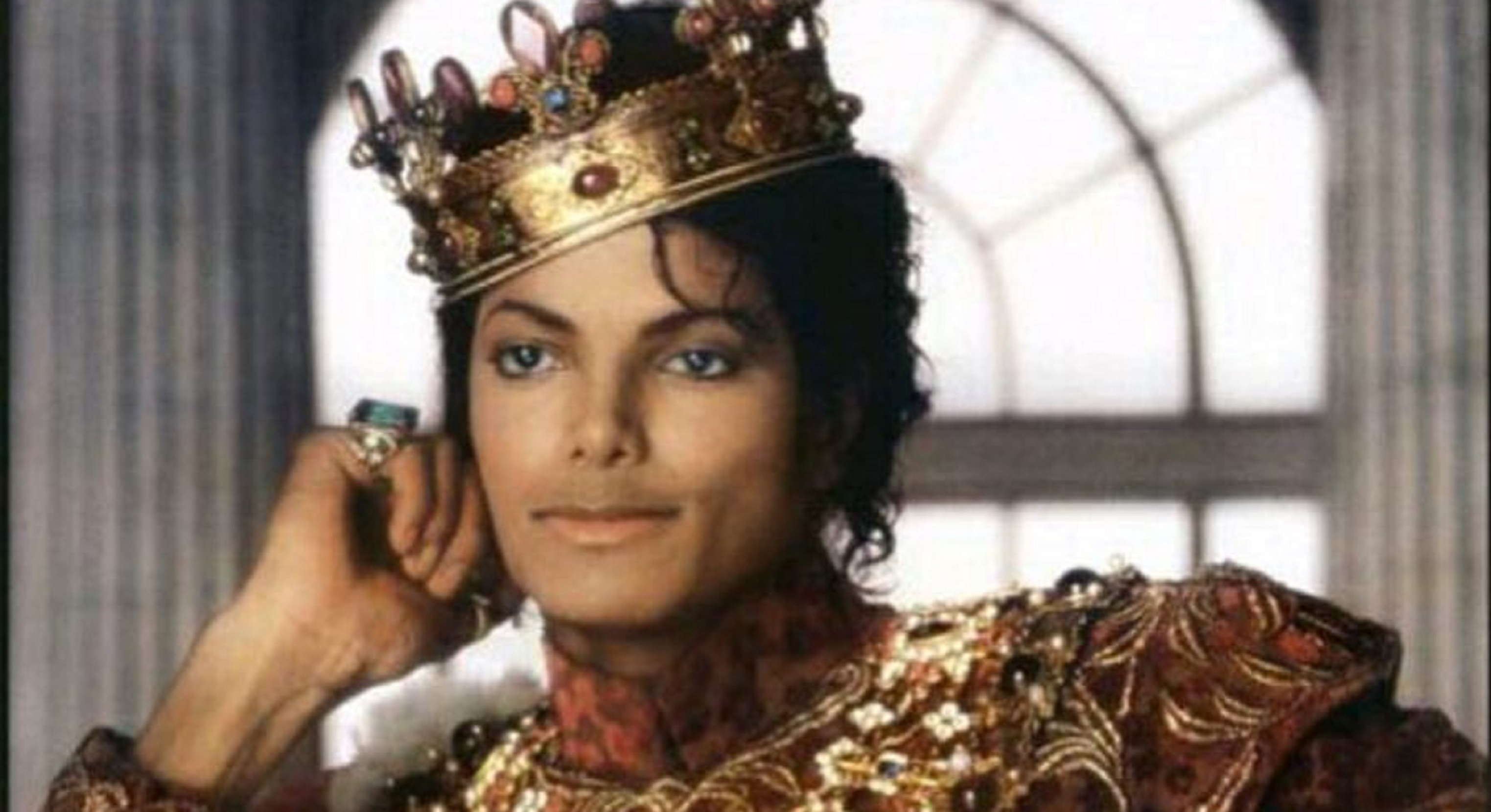 Forbes: Michael Jackson Highest Earning Deceased Celeb, with $400 Million in 2018 Alone!