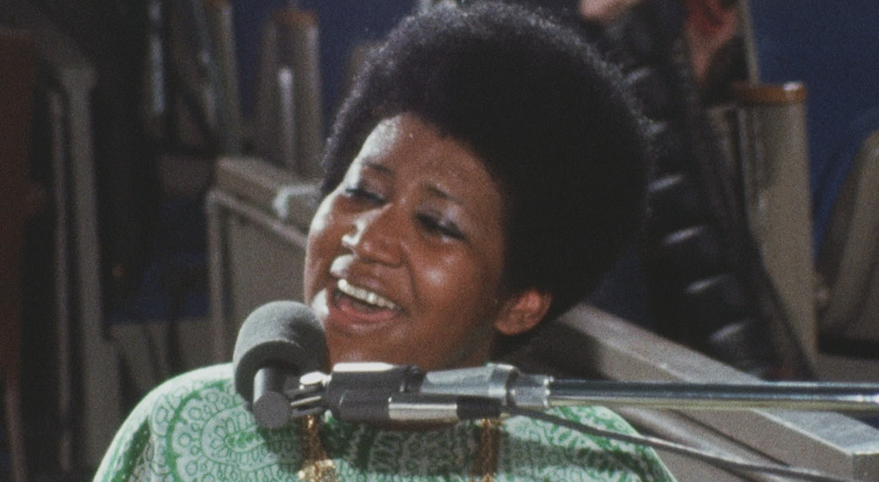 Watch: 'Amazing Grace' Doc Trailer Gives Behind-The-Scenes Look At Aretha Franklin's Iconic Gospel Album